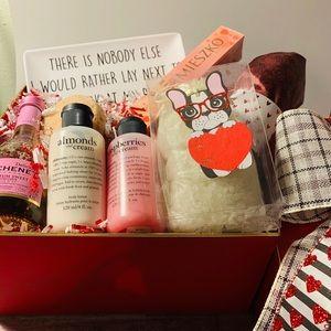 Philosophy surprise Valentine box ❤️💋💓🎀